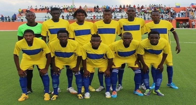 Le Racing Club Haïtien intraitable, l'Arcahaïe en play-off
